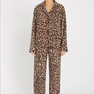 DKNY Women's Leopard-print Fleece Pajama Set